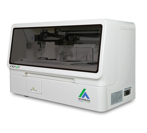 Chemiluminescence Immunoassay Analyzer