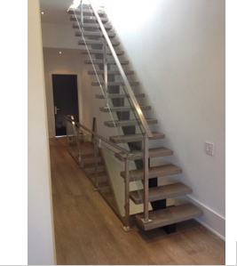 Best Price Single Steel Stringer Straight Staircase with Stainless Steel Glass Balustrade and Solid Wood Step