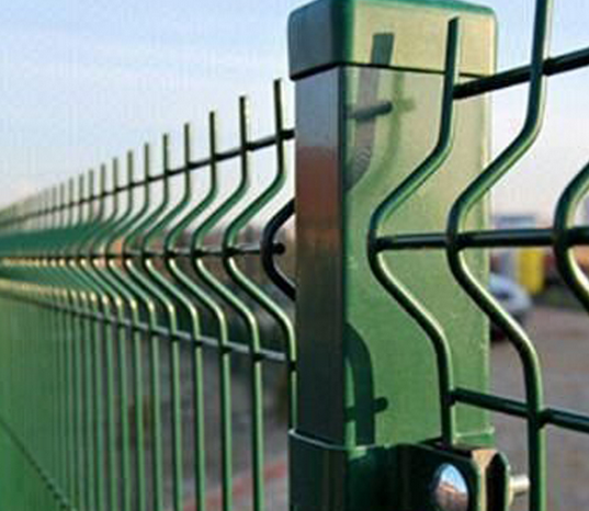 China Metal Welded Wire Mesh Fence Security Riverain Fence