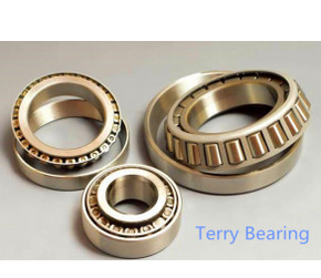 The High Quality Long-Life Tapered Roller Bearings (32230)