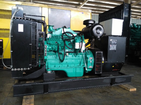 Silent Power Generator with Cummins Diesel Engine (25kVA-250kVA)