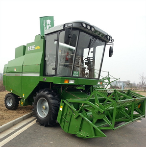 Self-Propelling Wheat Harvester Machine, Wheeled Wheat Combine Harvester