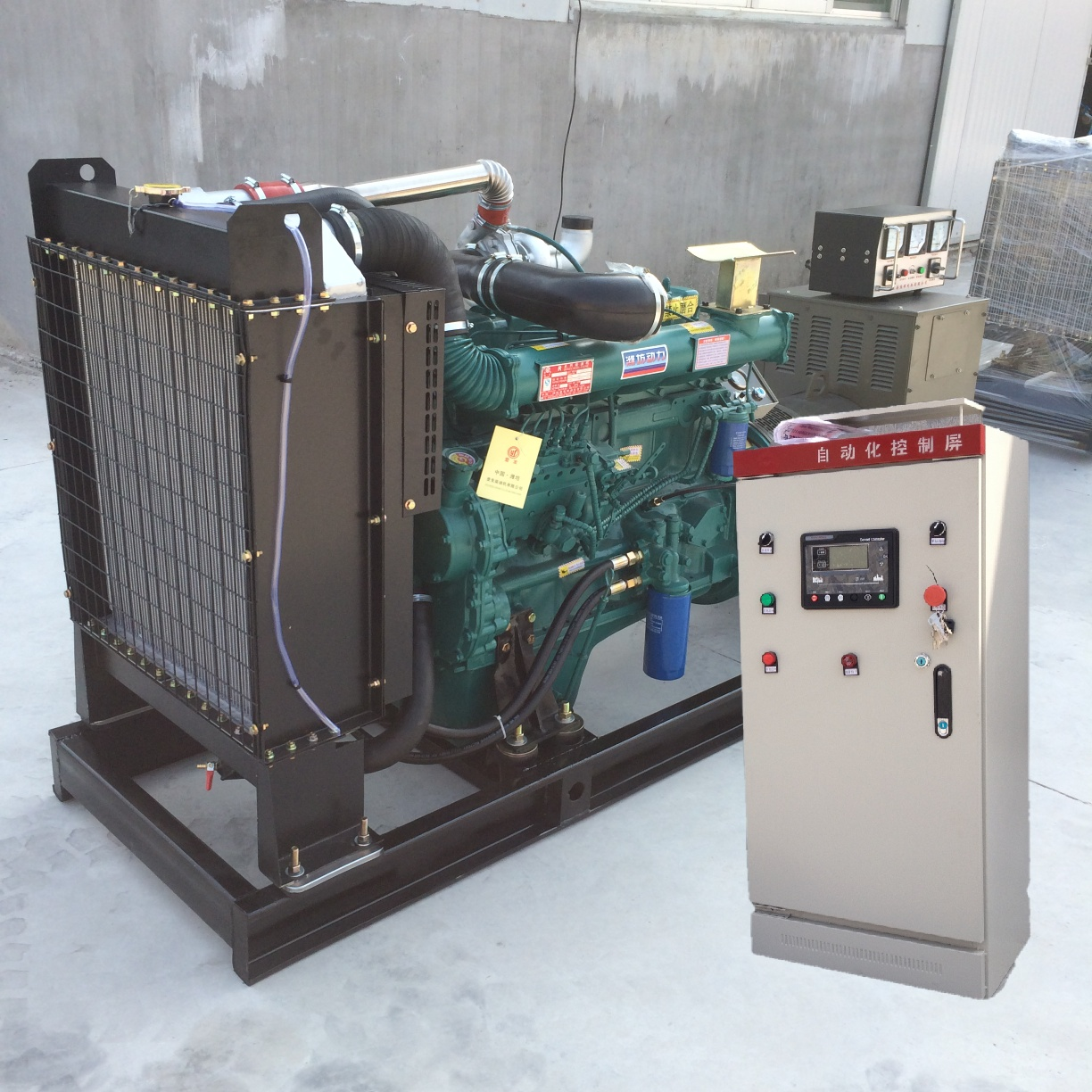 The 100 kw fully automatic diesel generating set is easy to use, safe and reliable, and other models are ready to be purchased