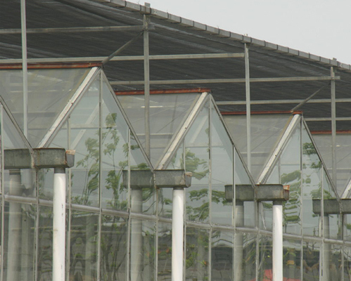 2016 PC Greenhouse with High Quality and Favorable Price