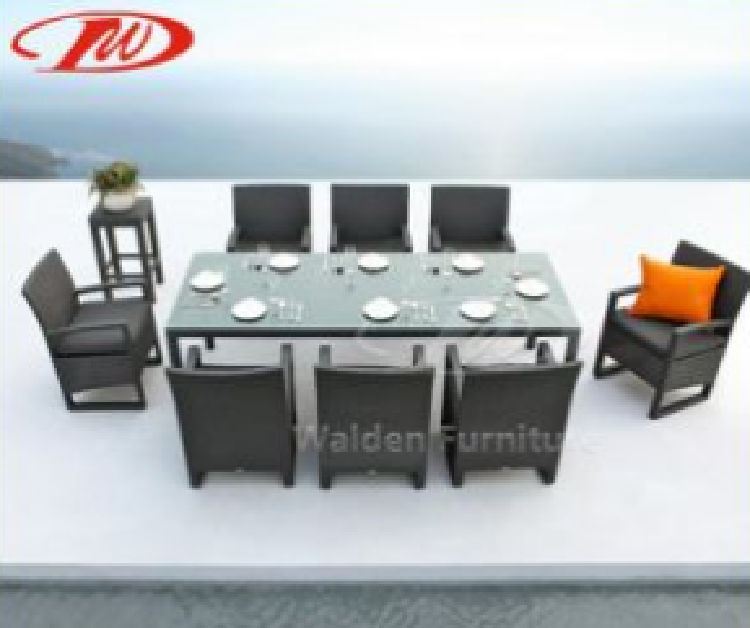 Popular indoor/outdoor rattan dining table set