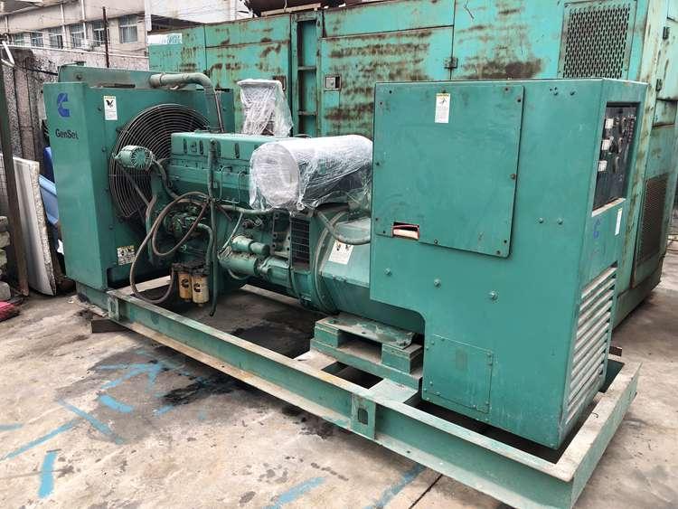 200kw 250kva Used American cummins diesel generator set