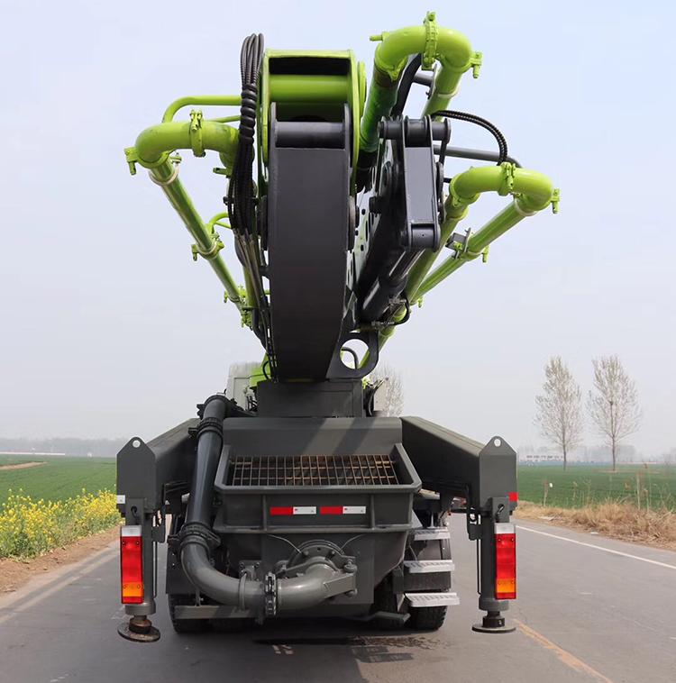 47m Truck-mounted Concrete Pump